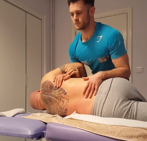Spinal Manipulation with Oliver Ody - Personal Trainer